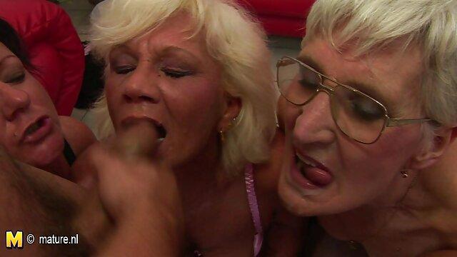 Busty babe Rita perverse alte heisse weiber gyno Doktor Prüfung