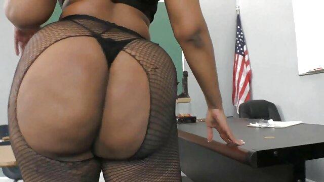 Anal fisting und alte weiber nackt riesigen dildo insertion amateur Latina