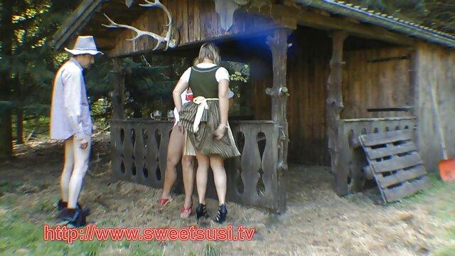 Amateur hausgemachte Dreier mit vollbusigen Mädchen reife alte nackte frauen