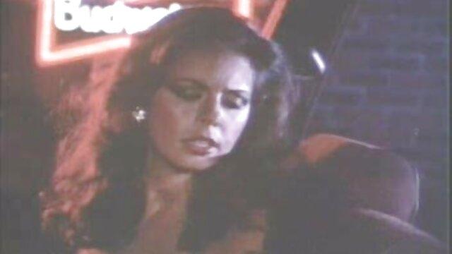 Schamlose amateur Schlampen Faust gefickt in pornofilme mit alten weibern der öffentlichkeit