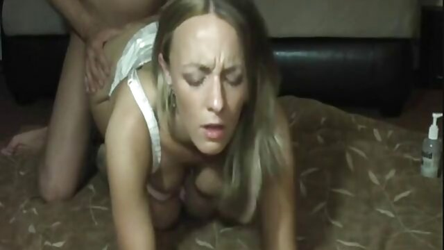 Schöne Blonde Babe geile alte weiber videos Paris