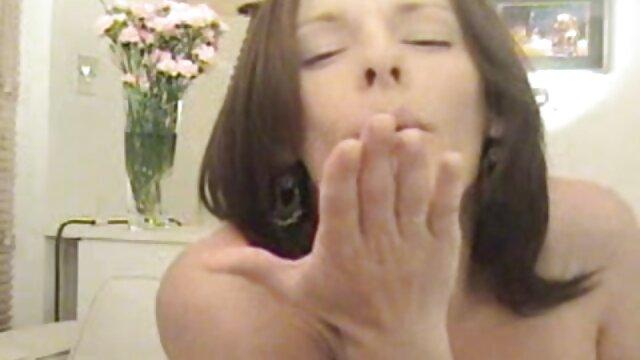 Big ass brunette saugen, dass Fetten Schwanz alte weiber in strapsen vor dem ficken