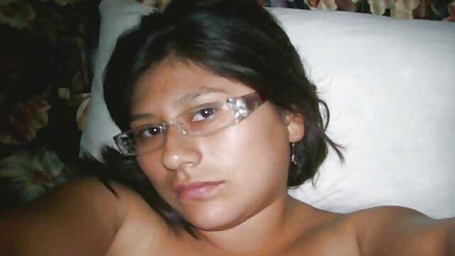 Sexy geile weiber ab 65 amateur Freundin schluckt Sperma in