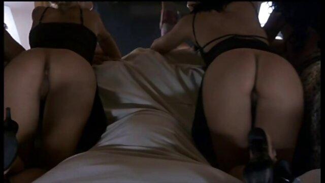 Trib alte fotzen sex in Kniestrümpfe