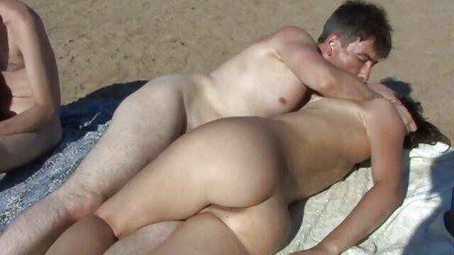 Busty Asian geiler sex mit reifen frauen Gefällt ihre Muschi Draußen