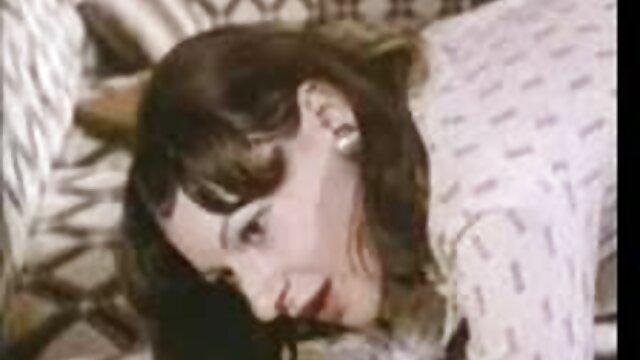 Mit pornofilme mit alten weibern Amateur-Sex in Der Küche