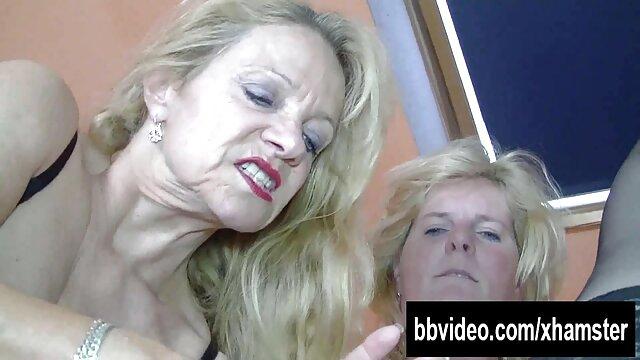 Erotische handjob und Massage schwanzgeile alte weiber