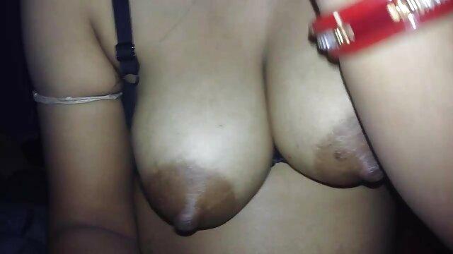 Volle Figur masturbiert mit Carey gratis pornos mit alten weibern & Karen!